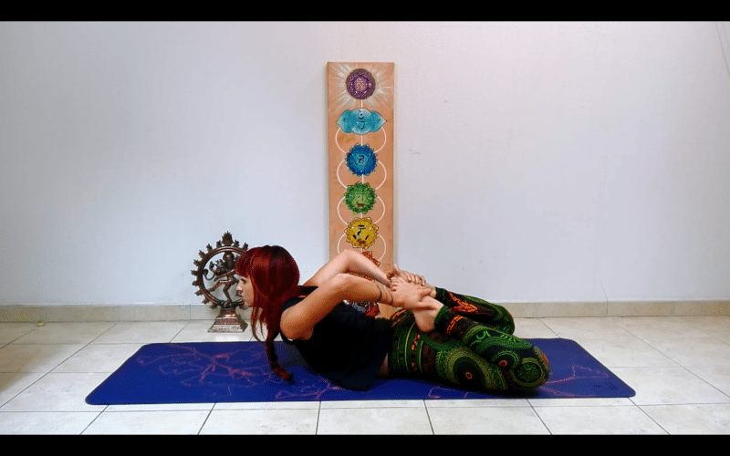 bhekasana-posture de yoga
