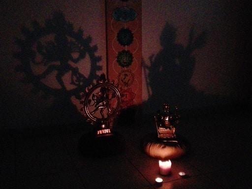 Yoga nidra : étude et pratique vers un sommeil conscient